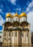 被日光照射了Dormition大教堂 免版税图库摄影