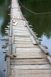 被暂停的桥梁老 免版税库存图片