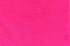 被构造的桃红色毛巾 免版税库存照片