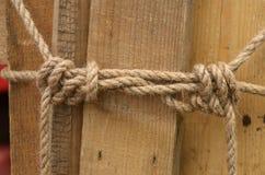 绳索被栓的结 免版税库存图片