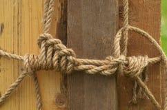 绳索被栓的结 免版税库存照片
