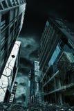 被毁坏的城市垂直取向电影写照  免版税库存照片