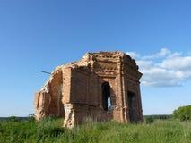 被毁坏的教堂 库存照片