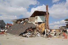 被毁坏的海滨别墅在飓风桑迪以后的四个月 库存图片