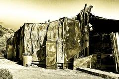 被毁坏的超级市场放火调查保险被烧的损坏的废墟  免版税库存图片