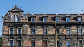 被毁坏的廉价公寓 免版税库存图片