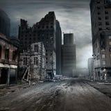 被毁坏的经济公寓住宅 库存图片