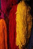 被洗染的摩洛哥最近羊毛 免版税库存照片