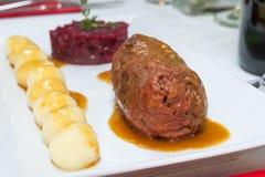 被炖的牛肉肉卷特写镜头 库存照片
