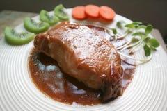 被炖的猪肉或烤肉 免版税库存照片