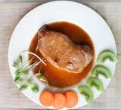 被炖的猪肉或烤肉 免版税图库摄影