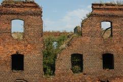 被炸开的房子 免版税图库摄影