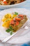 被烘烤的圆白菜卷 免版税图库摄影