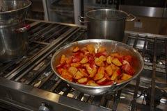 被烘烤的土豆用辣椒粉 免版税图库摄影