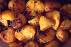 被烘烤的土豆从上面 库存图片
