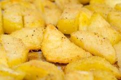 被烘烤的土豆 免版税库存图片