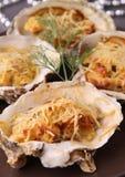 被烘烤的牡蛎 免版税图库摄影