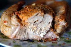 被烘烤的猪肉宏指令一个大片断  库存照片