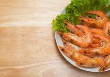 被烘烤的盐味的大虾 库存照片