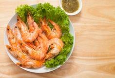 被烘烤的盐味的大虾 库存图片