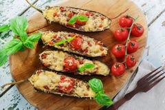 被烘烤的茄子用乳酪肉 库存照片