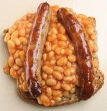 被烘烤的豆香肠多士 免版税库存照片