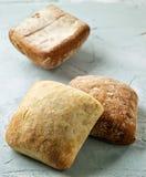 被烘烤的面包小圆面包新近地 免版税库存图片