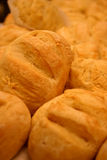 被烘烤的面包新近地滚 免版税图库摄影