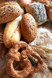 被烘烤的面包的分类 图库摄影