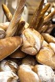 被烘烤的面包 免版税库存照片