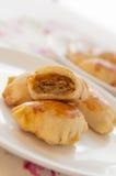 被烘烤的饺子擦亮传统 免版税库存照片