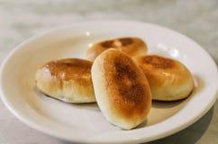 被烘烤的饼,俄罗斯 免版税库存图片