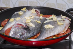 被烘烤的鱼 图库摄影