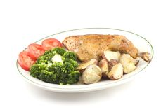 被烘烤的鸡蔬菜 库存图片
