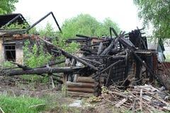 被烧下来的房子 免版税库存图片