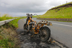 被烧光的摩托车 图库摄影