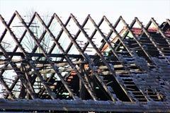 被烧的屋顶在波兰 免版税库存照片