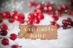 被烧的标签,雪,雪花, Weihnachtsferien意味圣诞节断裂 库存图片