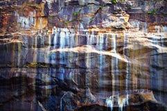 被生动描述的岩石 免版税库存照片