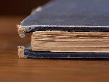 被用完的书老 免版税库存照片