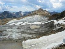 被盖的冰川在Stubai阿尔卑斯 免版税库存图片