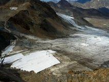 被盖的冰川在Stubai阿尔卑斯 库存图片