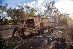 被破坏的军用卡车,战争行动后果,乌克兰和Donbass冲突 库存图片