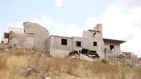 被破坏的和被放弃的房子,克利特,希腊 股票录像