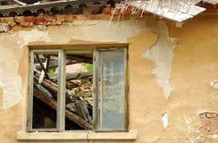 被破坏的大厦 库存图片