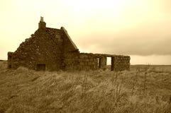 被破坏的小农场 免版税库存照片