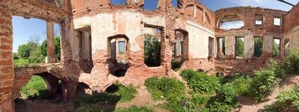 被破坏的房子豪宅 免版税库存照片