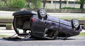 被碰撞的汽车 库存图片