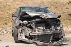 被碰撞的汽车 免版税库存照片