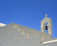 被粉刷的教堂婚礼 免版税库存图片